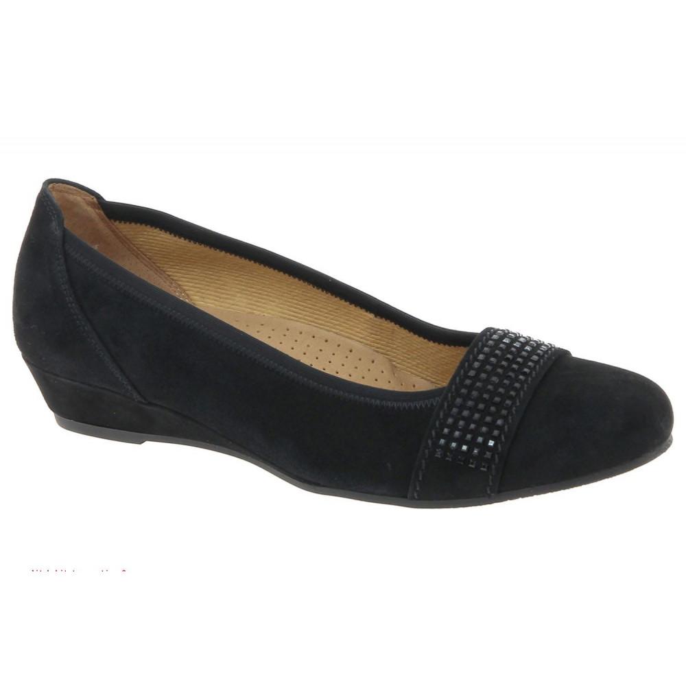 Туфли Gabor 32.696.47 черные замшевые со стразами