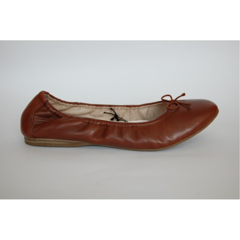 Балетки Tamaris 1-22189-28-305 коричневые с бантиком
